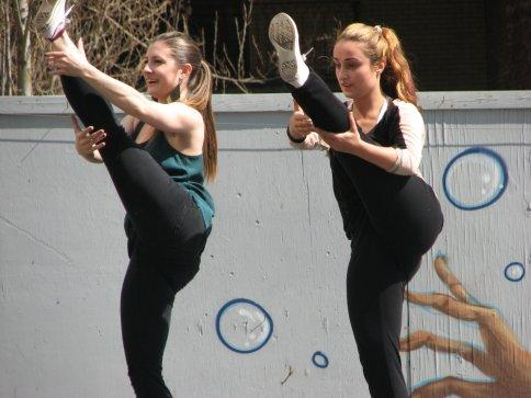 dancers-in-the-park-052